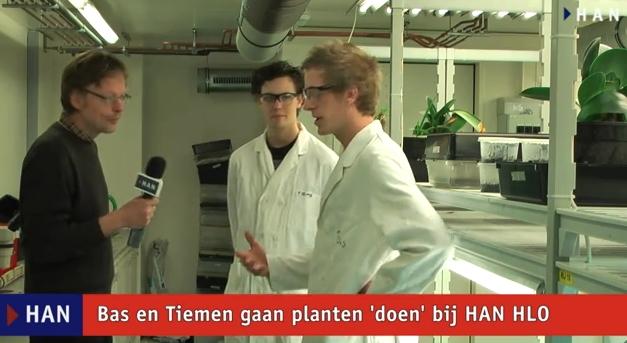 """Videoblog: Bas en Tiemen gaan planten """"doen"""" bij HAN HLO"""