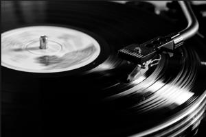 Vinyl op de draaitafel
