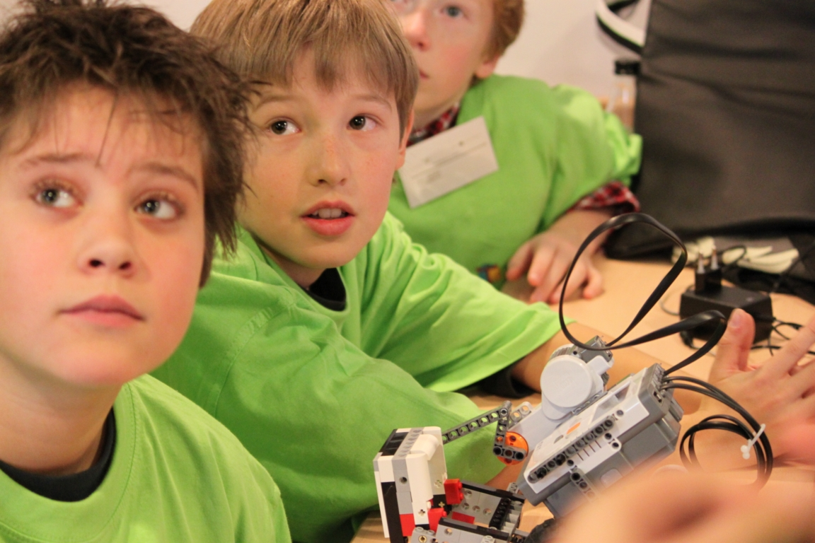 Videoblog: de Tiggelsterren bij First Lego League