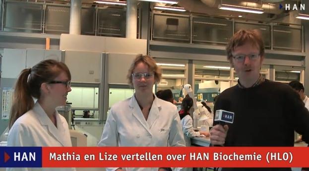 Videoblog: Mathia en Lize vertellen over HAN Biochemie van de HLO