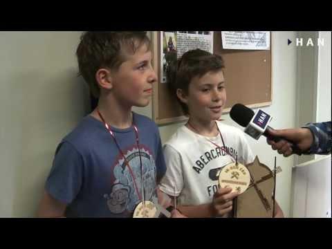 Videoblog: Relatiegeschenken bs de Gazelle voor 400 jaar handelsrelatie Turkije Nederland ism FabLab Arnhem